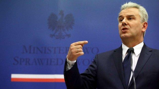 Міністра юстиції Польщі із скандалом відправили у відставку