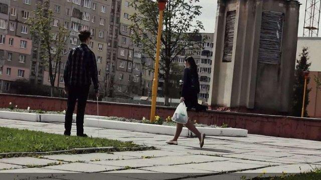 Соціальний експеримент: чи готові львів'яни допомогти незрячому