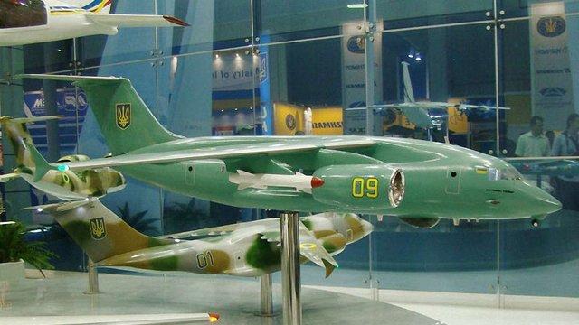 Новий український літак Ан-178 представлять на авіавиставці у Франції