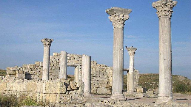 Росія заморозила будівництво культурних об'єктів через Крим