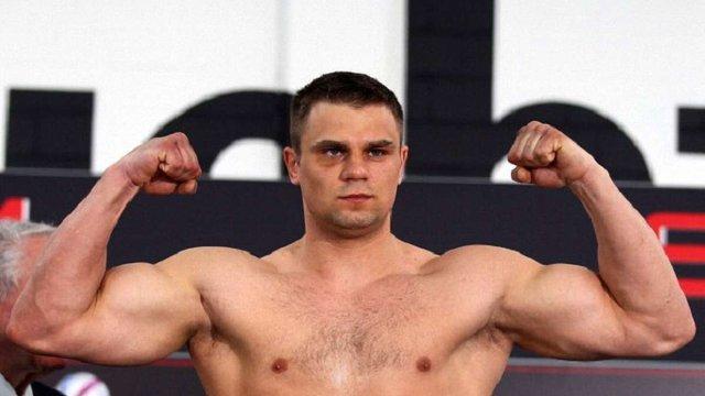 Російський боксер, якого знайшли побитим у берлінському метро, впав у кому