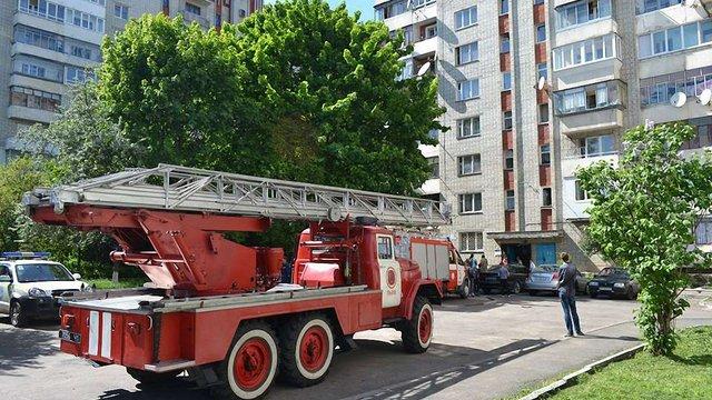 На вулиці Панча у Львові згоріла квартира у багатоповерхівці