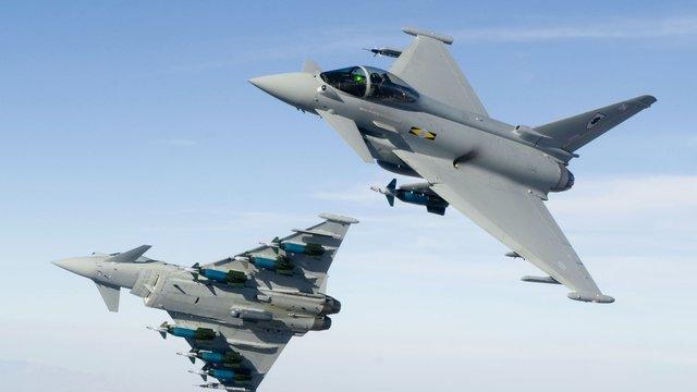 Британські винищувачі перехопили військовий літак Росії поблизу Естонії
