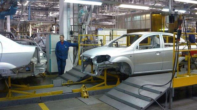 У квітні в Україні виготовили лише 563 автомобілі