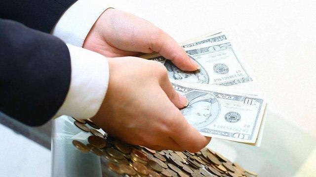 Рада дозволила банкам не повертати вклади достроково