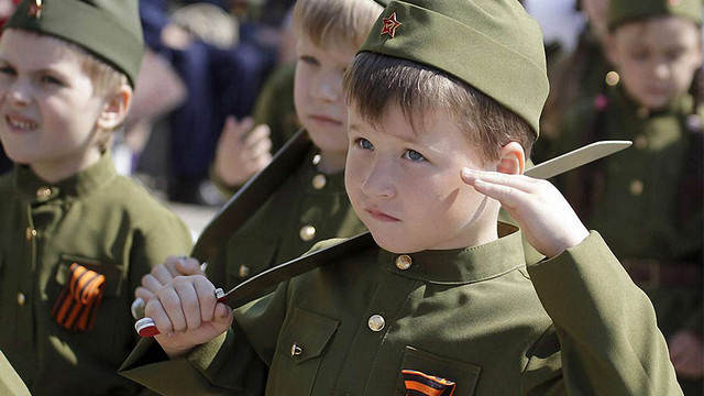 У Ростові-на-Дону пройшов «Парад дитячих військ»
