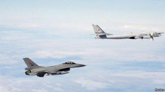Британські літаки перехопили біля Шотландії російські бомбардувальники