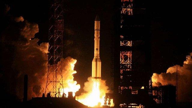 На Байконурі сталася аварія під час запуску російської ракети-носія «Протон-М»