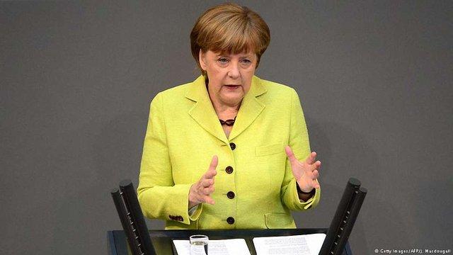 Україні та Грузії ще зарано думати про послаблення візового режиму, - Меркель