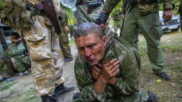 Amnesty International заявила, що обидві сторони конфлікту на Донбасі катують полонених