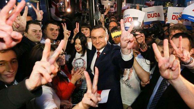 За даними екзит-полів, на виборах у Польщі переміг Анджей Дуда