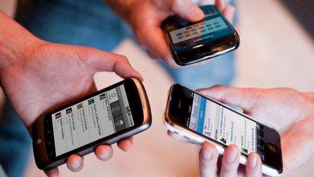 Доходи мобільних операторів зросли вперше з початку кризи