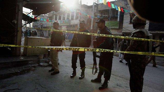 Невідомі вчинили замах на сина президента Пакистану, загинули троє людей