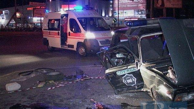 У Києві міліцейський ВАЗ потрапив у ДТП, постраждали семеро людей