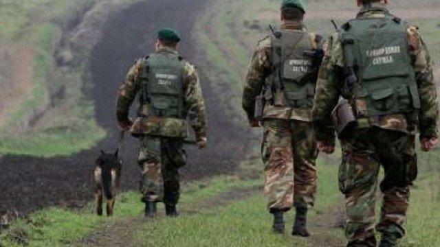 На Львівщині засудили іноземця, який хотів переправити в Євросоюз 5 в'єтнамців