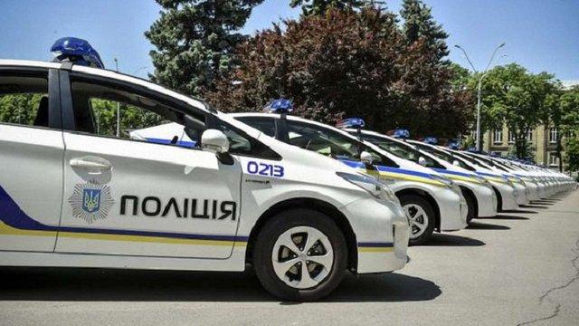 Український патруль отримає від Японії понад 1,5 тис. екологічних автомобілів