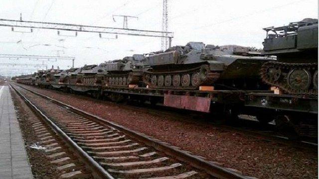 До бойовиків з Росії прибув ешелон з танками