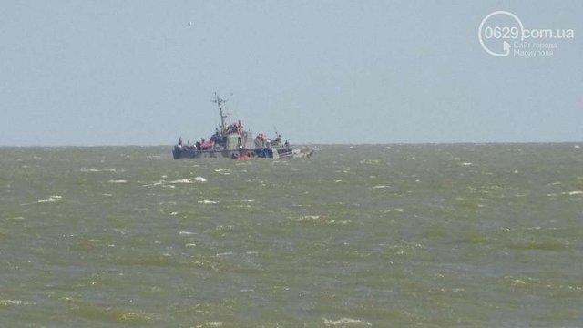 Помер один із врятованих прикордонників катера, що вибухнув у Маріуполі