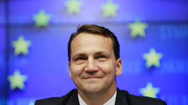 У Польщі спікер Сейму і троє міністрів подали у відставку через «касетний скандал»