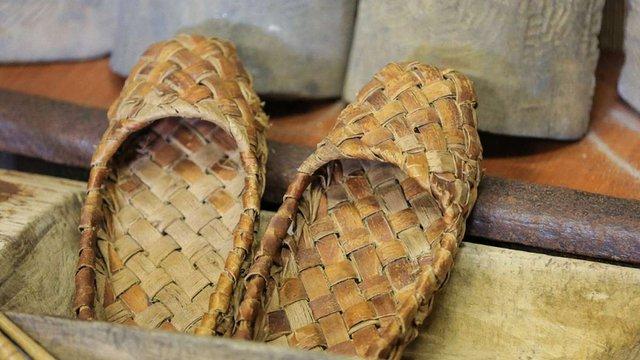 У Росії запатентовано промислове виробництво лаптів