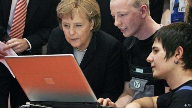 Хакери спробували проникнути у комп'ютер Ангели Меркель