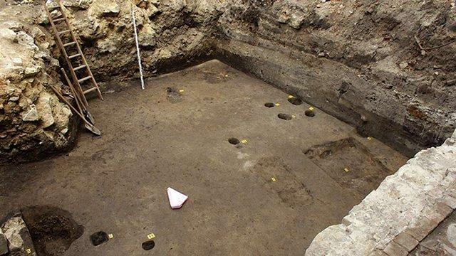 У Львові археологи розкопали артефакти давньоруської доби