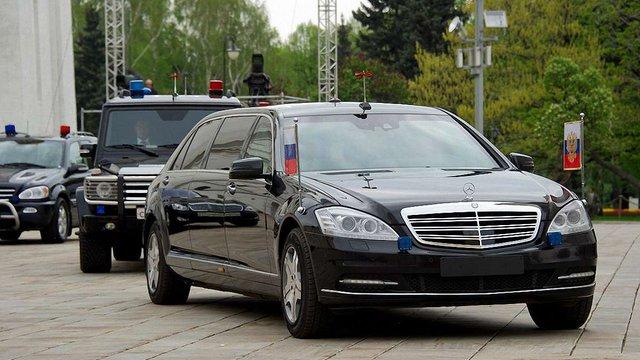 У Росії хочуть маркувати Mercedes, BMW і Siemens як посібників нацистів