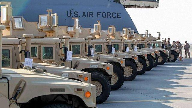 Пентагон обіцяє  передати 100 броньовиків Humvee у липні