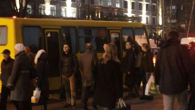 Міська рада оприлюднила детальний графік та схему руху нічних маршруток