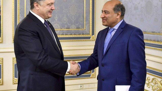 Порошенко обговорив з президентом ЄБРР допомогу Україні