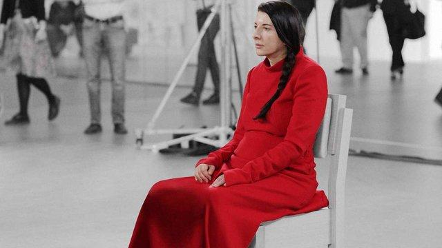 Сербська художниця написала сценарій власного похорону
