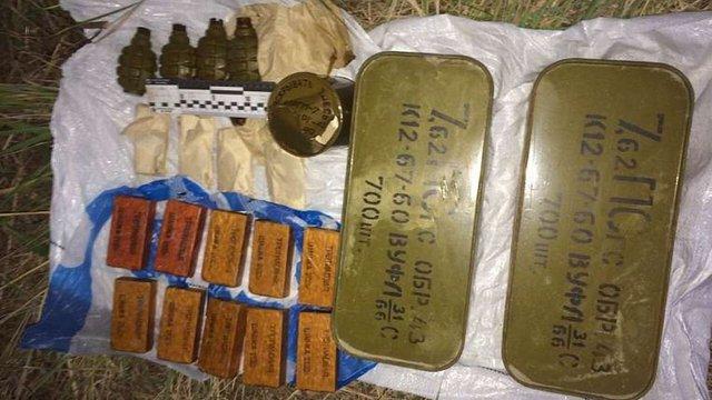 СБУ виявила в Києві схованку з гранатами і вибухівкою