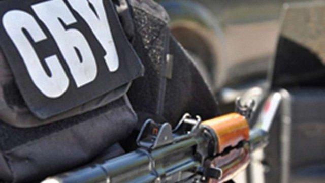 СБУ вимагає від «Правого Сектору»  негайно скласти зброю