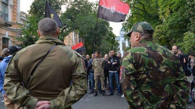 Двоє бійців «Правого сектора» затримані СБУ