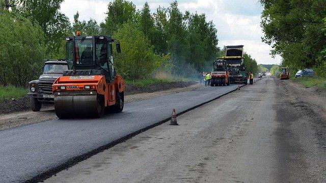 На Львівщині почали ремонтувати дорогу до Славського