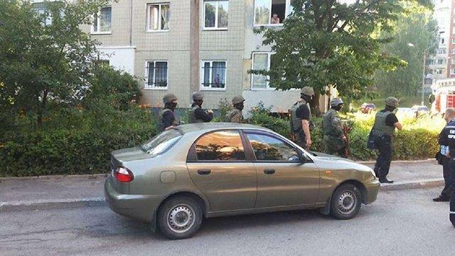 У будинку на Сихові у Львові вірменин захопив у заручники жінку-в'єтнамку