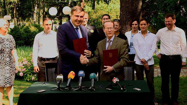 Саакашвілі залучає американців до реформування митниці в Одесі