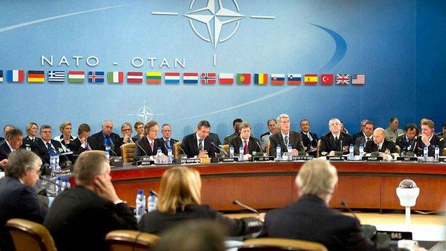 На запит Туреччини НАТО скликає екстрене засідання