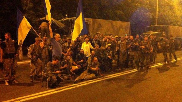 Бійці  «Донбасу» вийшли з Широкиного,  на їх місце прибули морпіхи