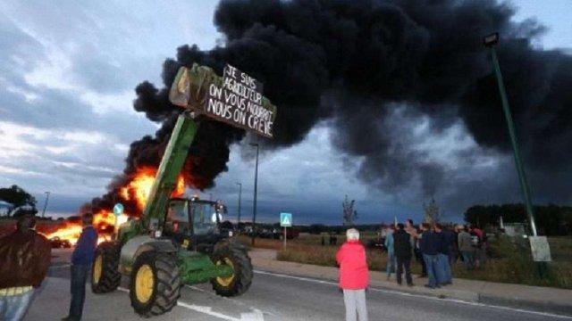 У Бельгії фермери палять шини і блокують дороги