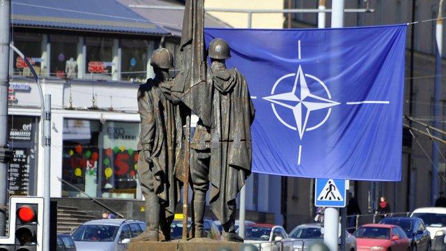 Демонтовані у Вільнюсі радянські скульптури можуть встановити на кордоні з Росією