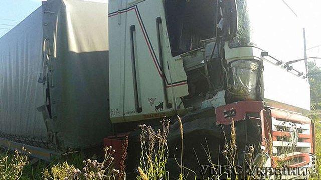 На Волині польська вантажівка зіштовхнулася з електричкою