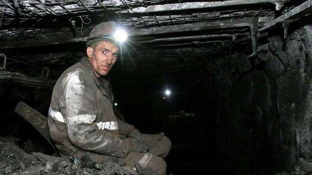 У Дзержинську через обстріли бойовиків більше 200 шахтарів були заблоковані під землею