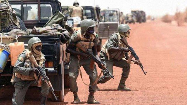 У полоні терористів в Малі було 4 українці - один утік, один загинув, - МЗС