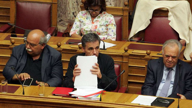 Греція схвалила угоду з кредиторами на €86 млрд