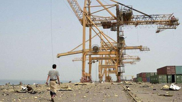 Авіація Саудівської Аравії розбомбила порт на Червоному морі у Йемені