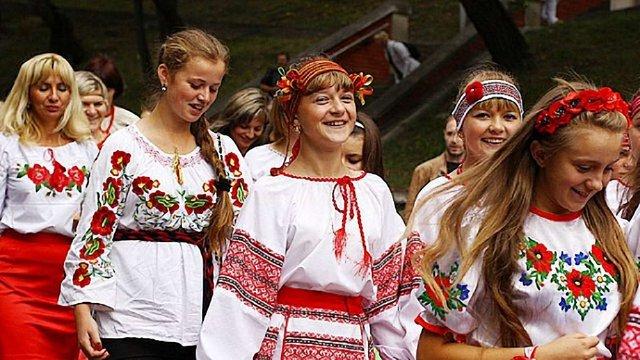 На День незалежності України Сихів переодягнеться у вишиванки