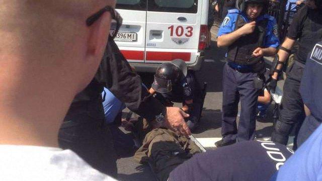 141 постраждалий від сутичок під Верховною Радою перебуває у лікарнях