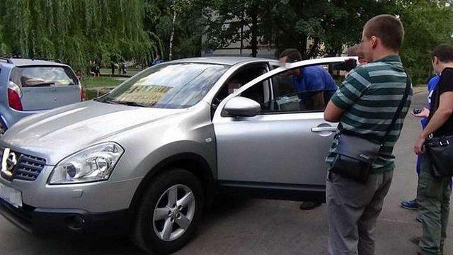 У Харкові на хабарі затримали податківців, яких підозрюють у зв'язку з «Оплотом»