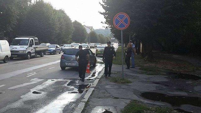 У Львові автомобіль збив шестирічну дитину на дорозі